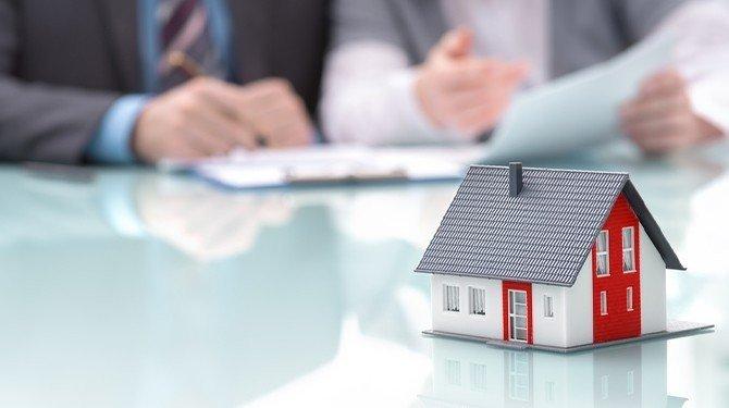 Dům, stavba, stavební právo, stavební zákon.