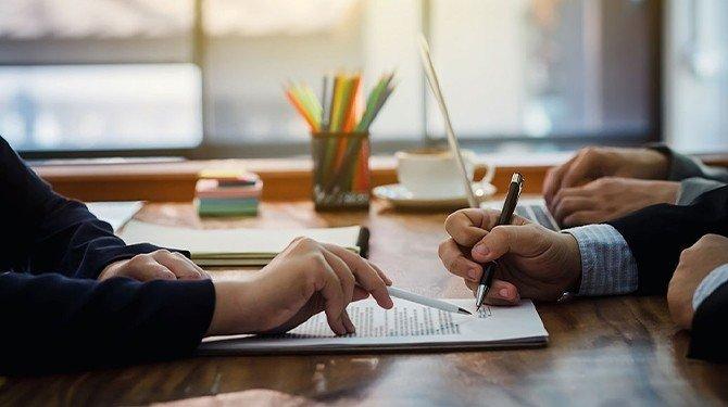 Zřízení zástavního práva k budoucím pohledávkám a dluhům