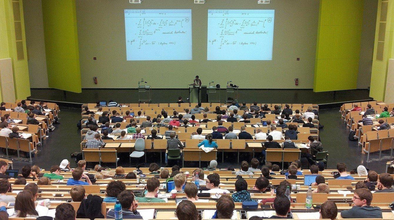 Novela zákona o vysokých školách